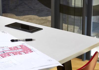 EVOline BackFlip w biurku